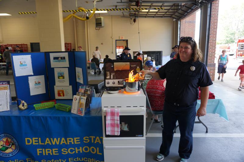 DE State Fire School Stove-Top Prop